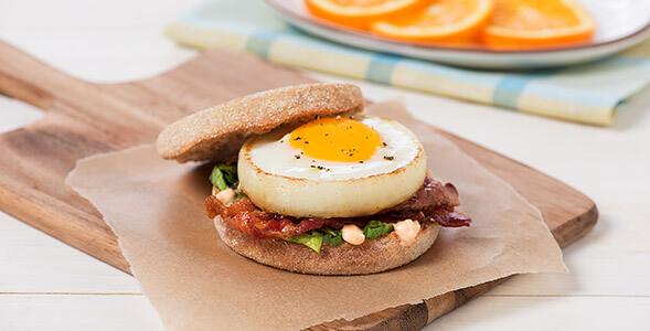 Chipotle-Egg-Breakfast-Sandwich_1