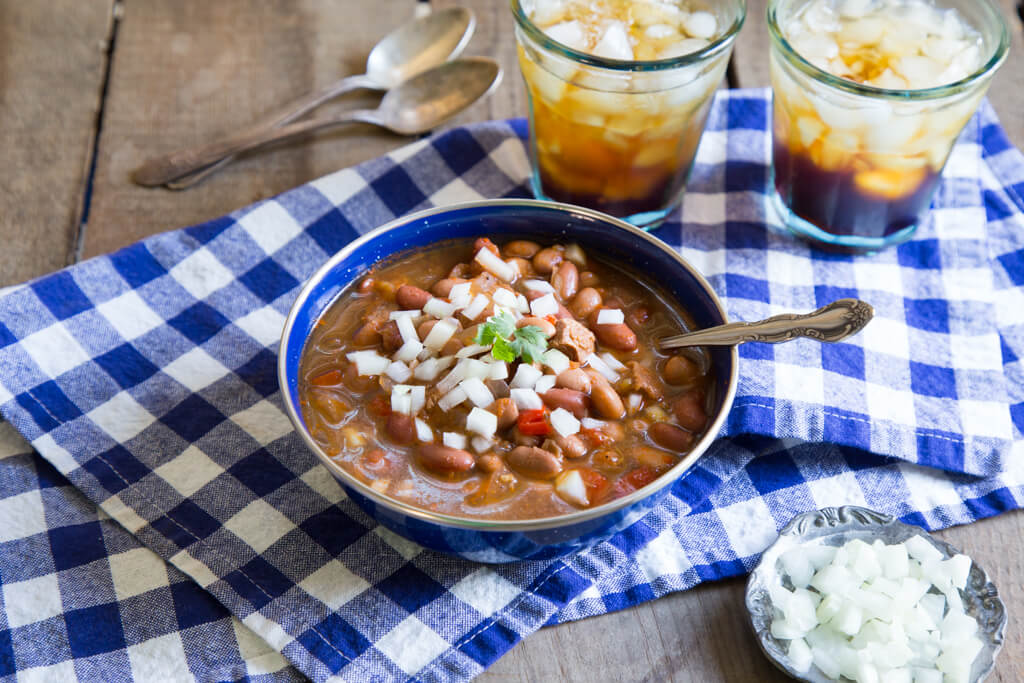 Slow Cooker Chili from the National Onion Association