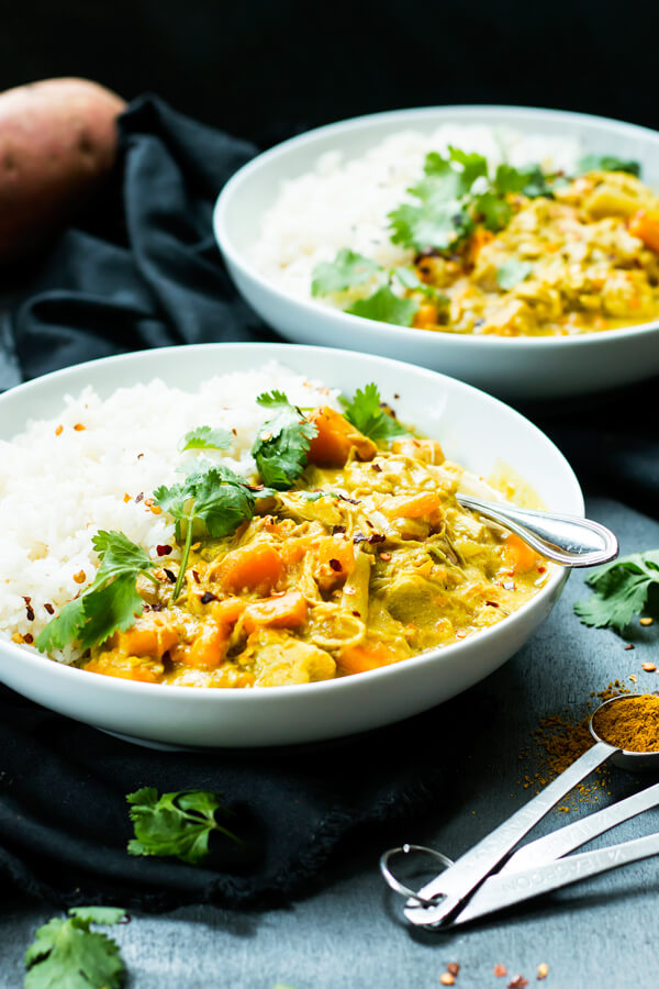 There is nothing more delicious than Comforting Curry Recipes. The rich flavor, the heartiness that makes any meal delicious. Here's a list of our favorite Curry Recipes