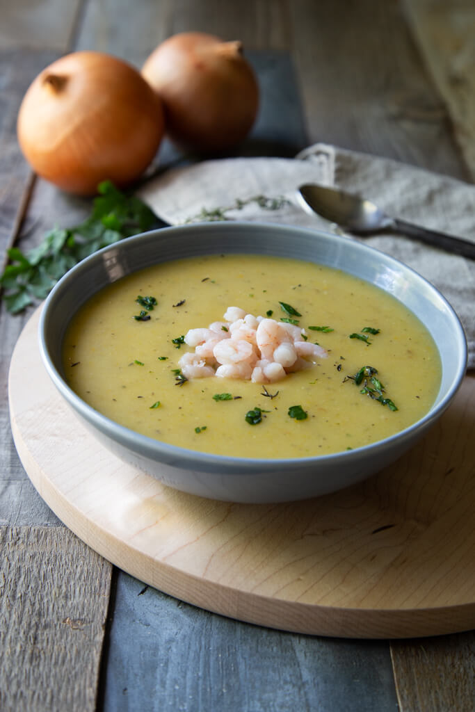 German Potato and Leek Soup with Shrimp Recipe (kartoffelsuppe mit krabben) | National Onion Association www.usa-onions.org