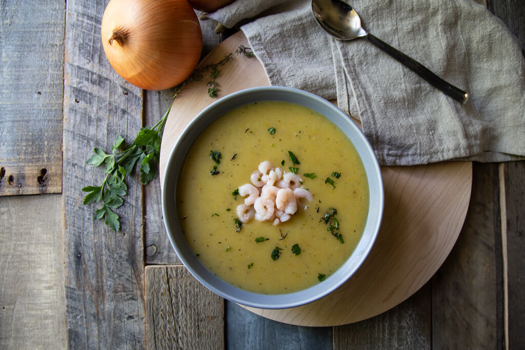German Potato and Leek Soup with Shrimp Recipe (kartoffelsuppe mit krabben)