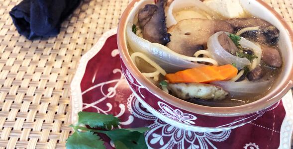 Asian Vegetable NoodNational Onion Association