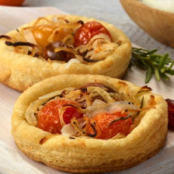Sweet Onion-Tomato Tartlets National Onion Association